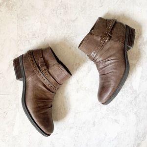 Baretraps Yvette Brown Stud Ankle Boots 9M boho